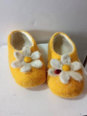 Обувь из натуральной шерсти