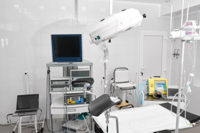Стивен Алекс - Русские врачи  -  Хирурги в Майами
